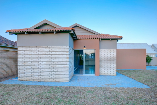 2 bedroom house for sale in Oudekloof, Mooikloof in George