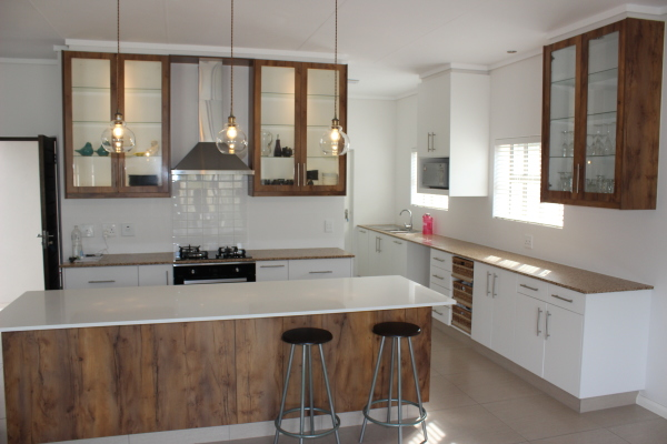 3 bedroom house for sale in The Gardens, Earls Court in George