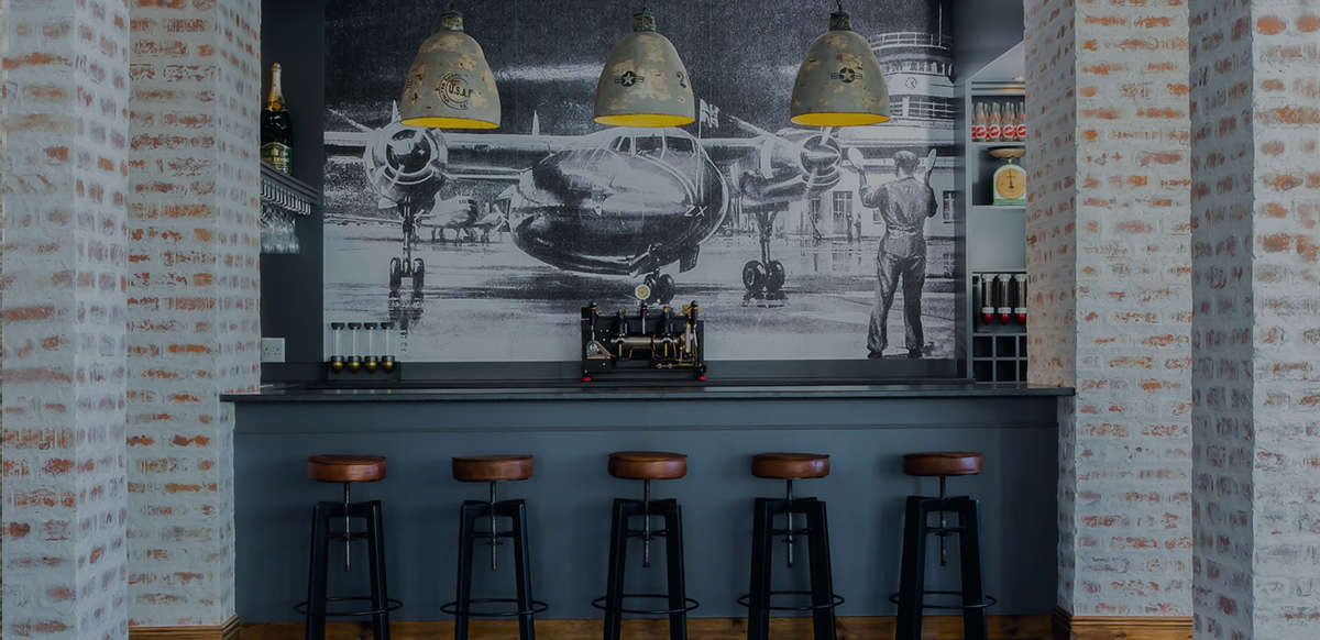 Aeronautical Lounge