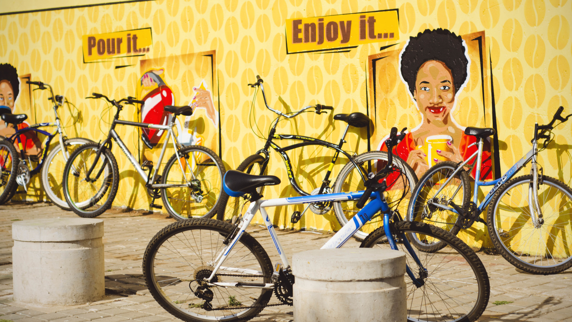 SOWETO (Township) 4 hr bike tour