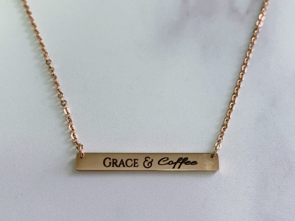 """""""Grace&Coffee"""" Horizontal Bar Necklace Rose Gold"""