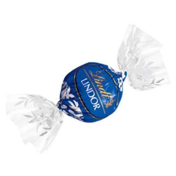 Lindt Truffles Dark Chocolate (1)