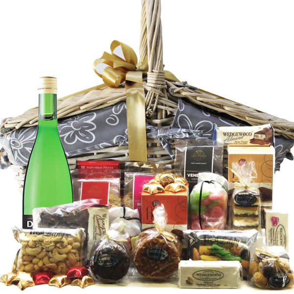 Christmas Family Picnic Basket