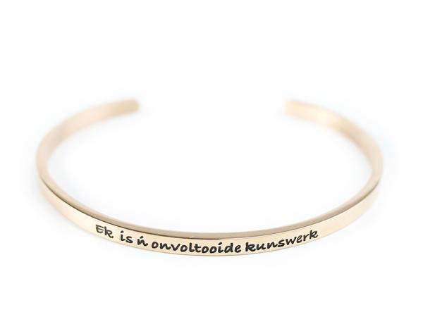 "Rooi Rose ""Kunswerk"" Bracelet"
