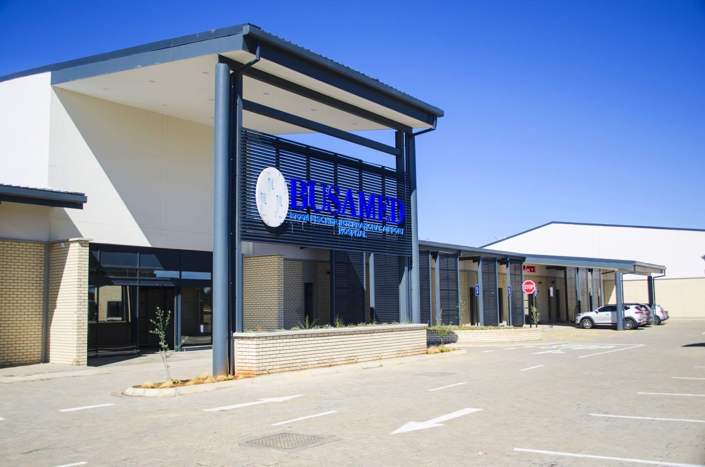 Bram Fischer International Airport: Busamed Hospital