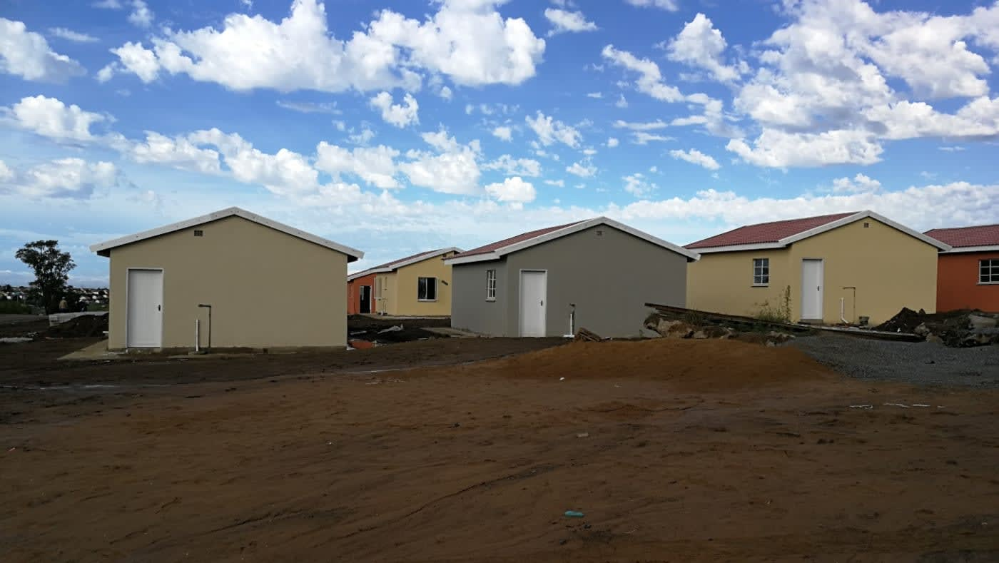 Mdantsane Housing Project and Civil Services