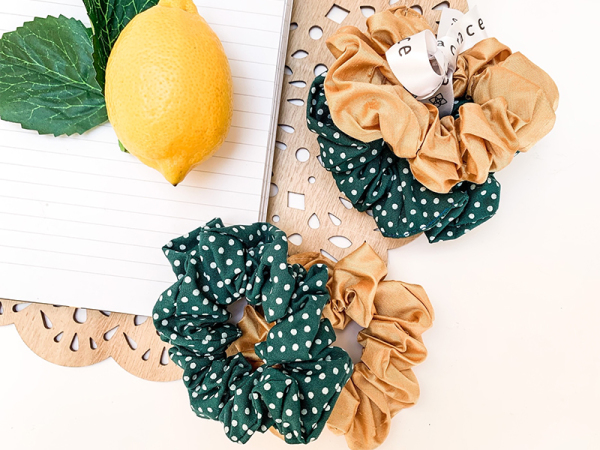 Lemon Polka Scrunchie Set