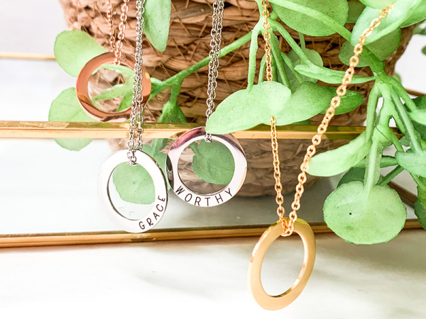 Minimalistic Circle Necklace - Custom Engraving