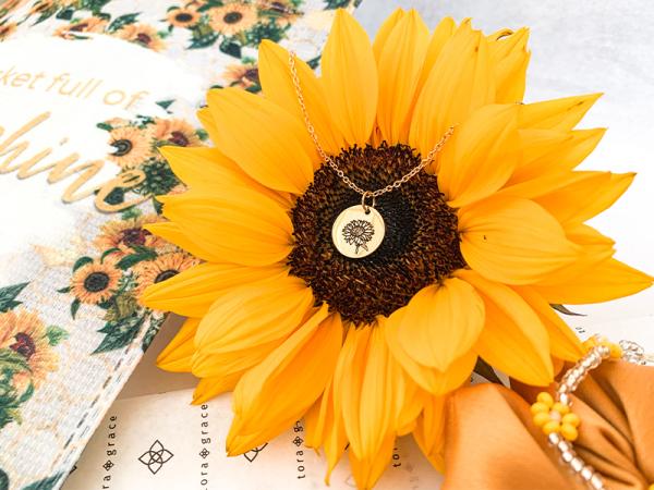 Pocket Full of Sunshine - Filled Pocket Delux
