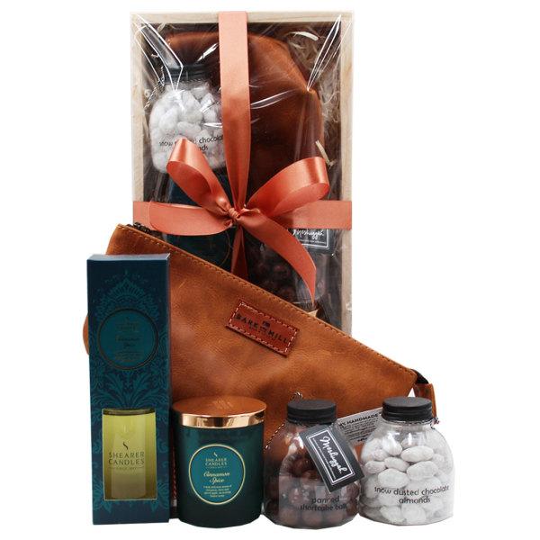 Ladies Leather & Cinnamon