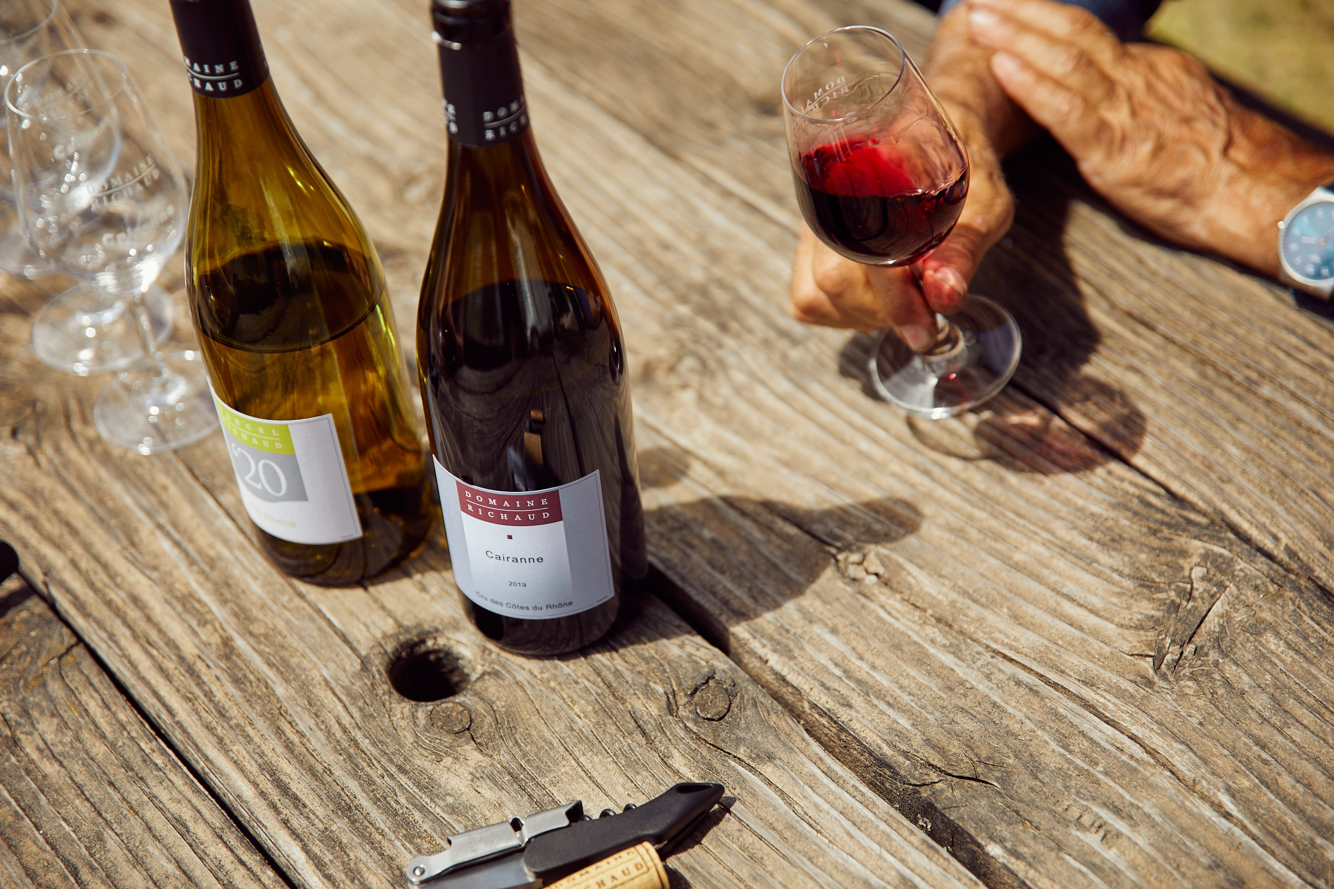 Wine Etiquette: 8 Dos and Don'ts