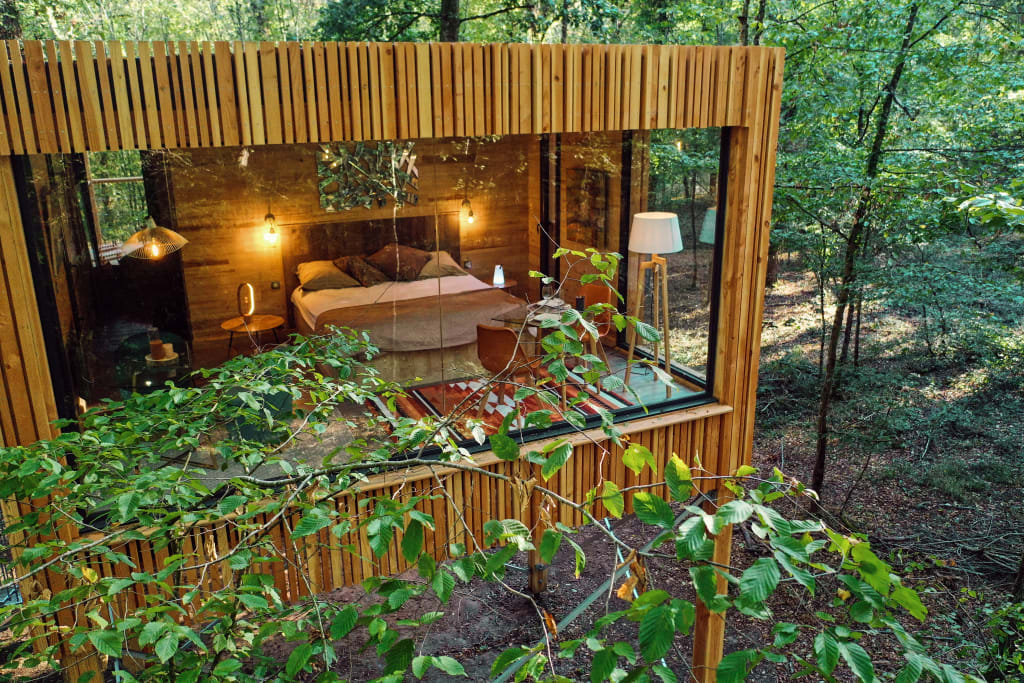 A treehouse at Loire Valley Lodges