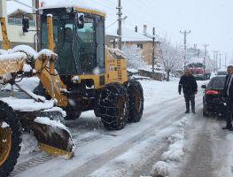 Belediye Ekiplerimizin Yoğun Kar Mesaisi
