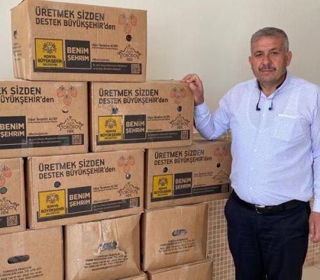 Konya Büyükşehir Belediyemizden Güneysınırlı üreticilerimize çilek fidesi dağıtımı