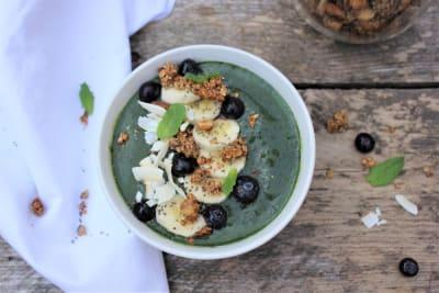 Afbeelding van Smoothie bowl met granola