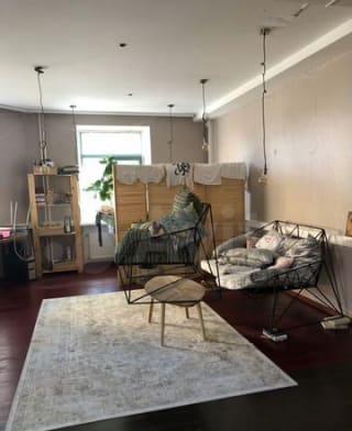 Квартира-студия, 93м², 2/3эт.