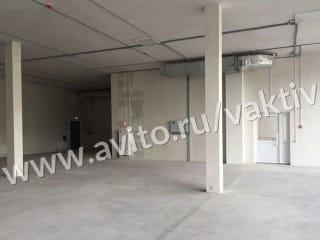 Торговое помещение, 440 м²