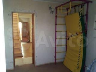 Дом 180 м² на участке 8 сот.