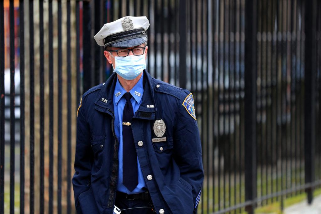 24 апреля и коронавирус: больше 190 тысяч смертей, пик коронавируса в Европе не пройден, новые штрафы в Москве