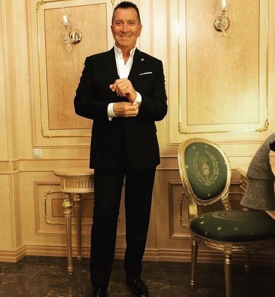 Супруга Александра Буйнова сообщила об удалении желчного пузыря у певца