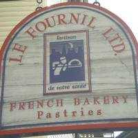 Le Fournil Bakery & Catering Logo
