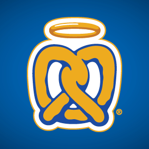 Auntie Anne's- West Towne Logo
