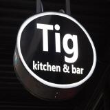 Tig Kitchen and Bar Logo