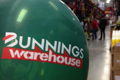 Bunnings first UK opening: An Aussie sausage sizzle in the snow