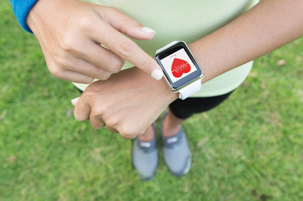 30 Minuten Aktivität am Tag mit einem Fitness-Tracker messen