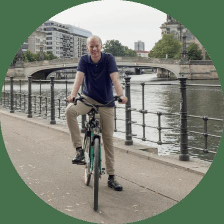 Magnus Kobel riding his bike
