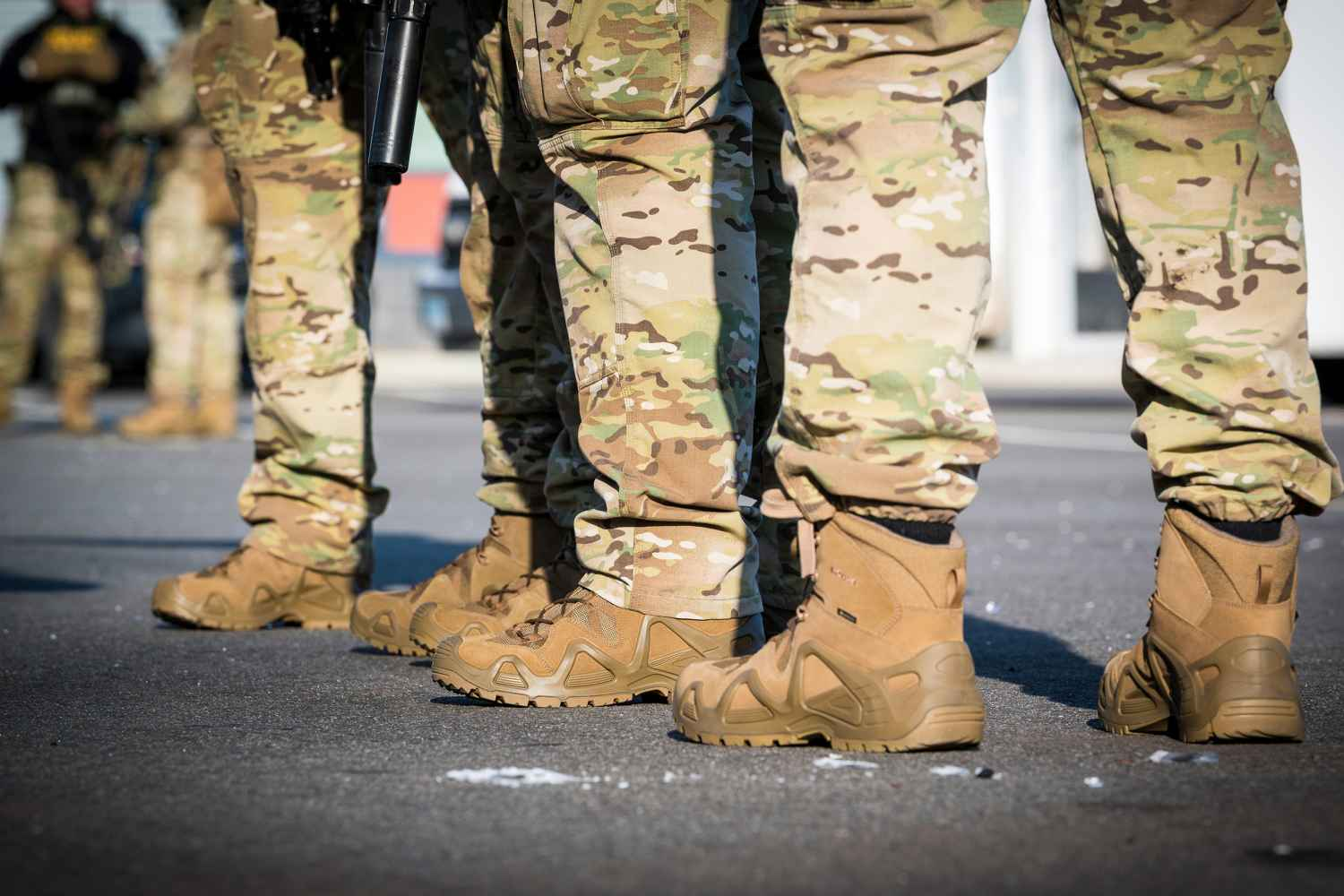 Image photo with the ZEPHYR GTX MID TF, LOWA USA Military Police Shooting