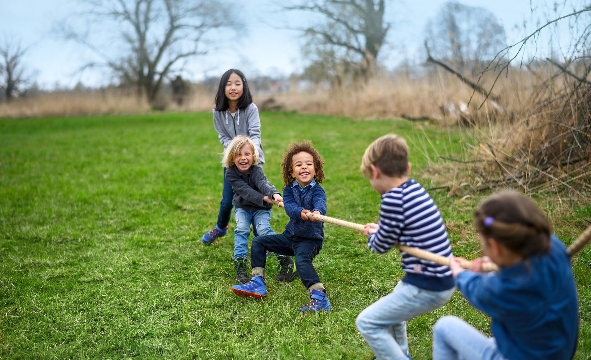 Image photo with the LEDRO GTX MID JUNIOR, LOWA Kids Kampagne 2019