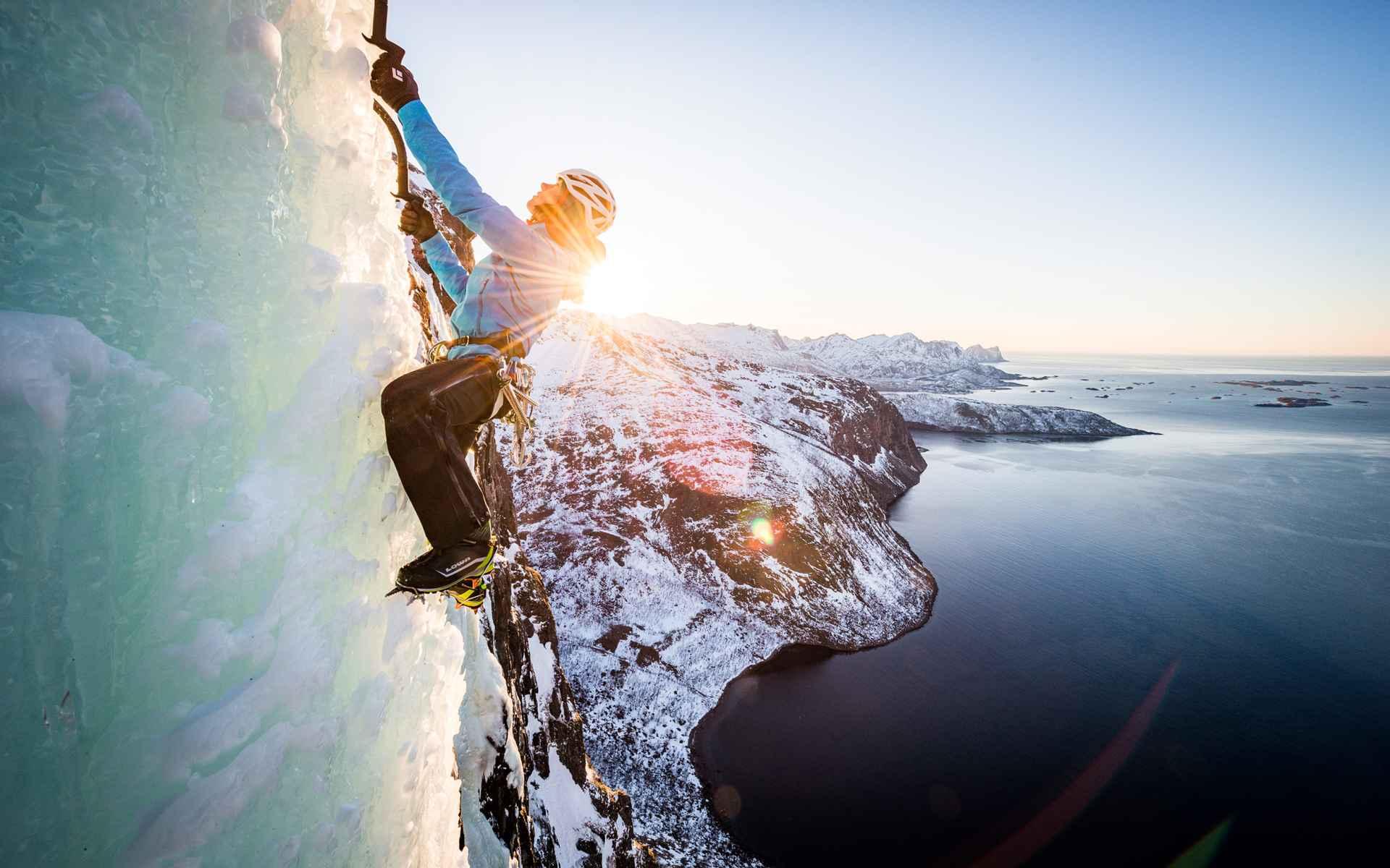 Imagefoto mit dem ALPINE ICE GTX, Senja Ice Climbing 2018