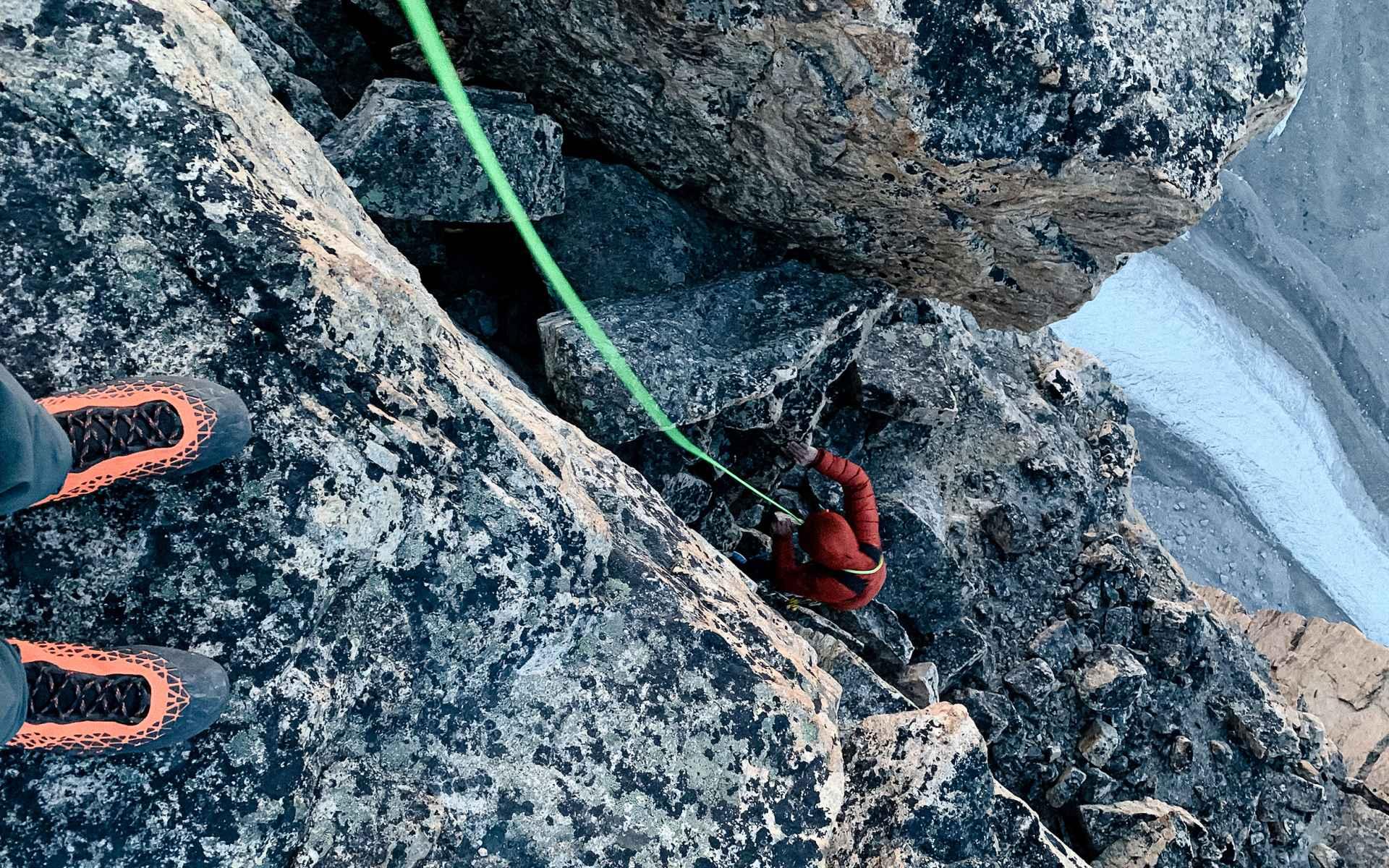Trotz Schmerzen will Stefan diese Kletterei