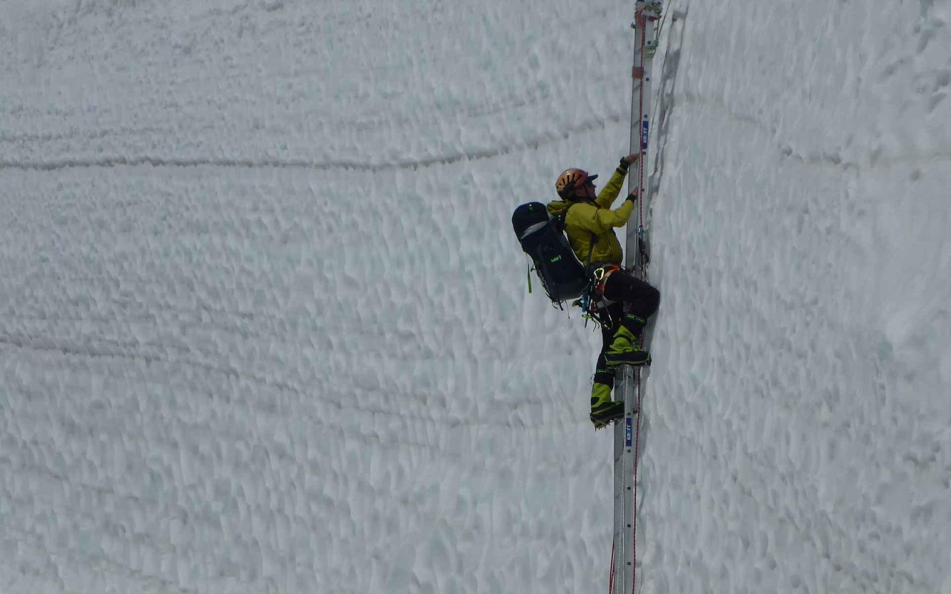 De afdaling is net zo moeilijk als de beklimming.