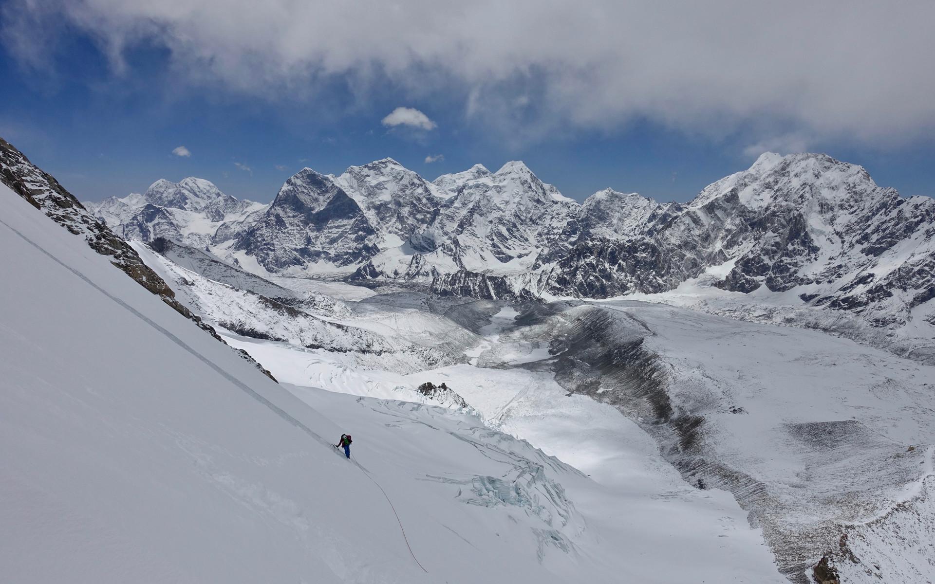 Start of the climb on Pungpa Ri.