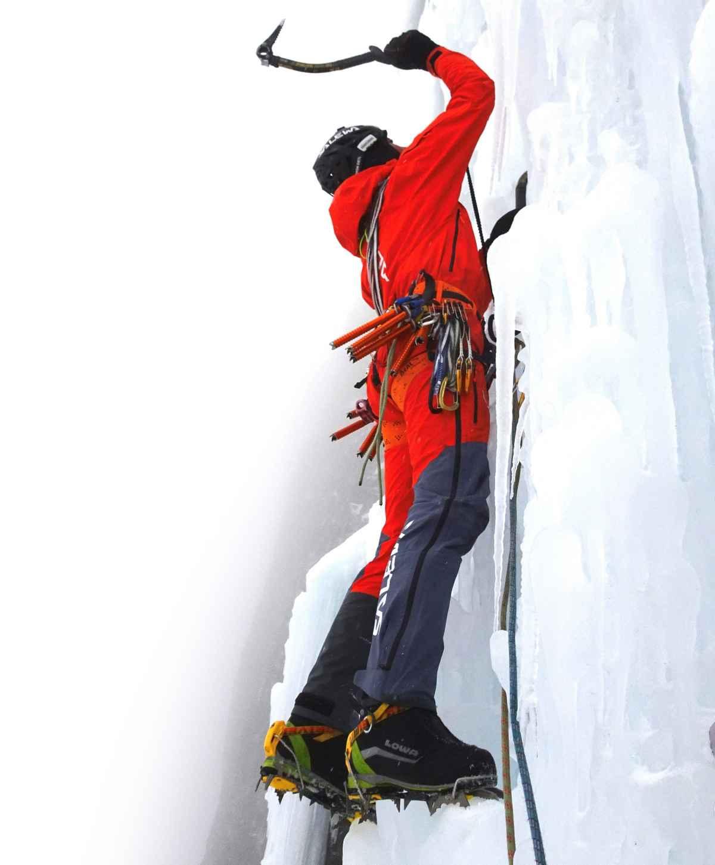 Simon Gietl beklom in twee dagen de Pandora-route op de steile westwand van de Pordoi.
