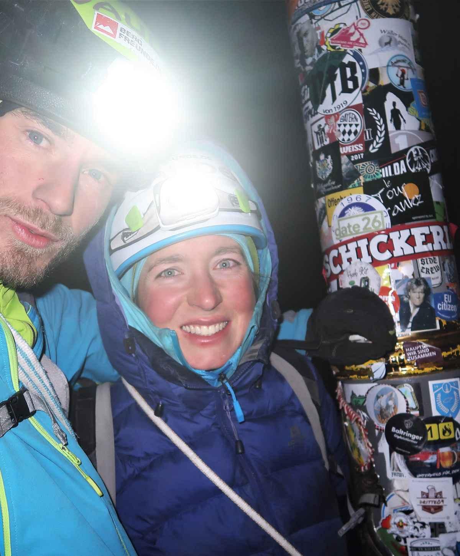Om 10 uur 's avonds eindelijk op de top.