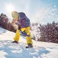 Snow shovelling ©Franz Walter