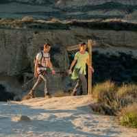 Wanderszene in Bardenas Reales, Navarra, Spanien.