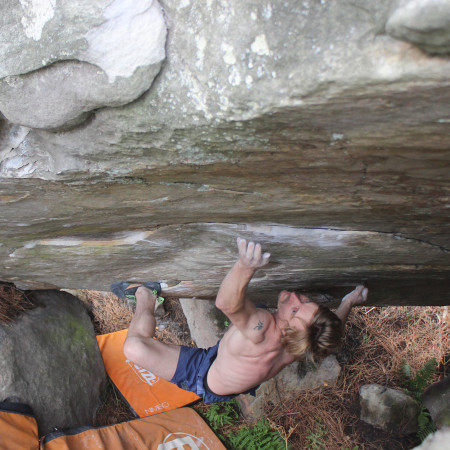 Photo avec la ROCKET, Julius Westphal Fontainebleau Bouldern
