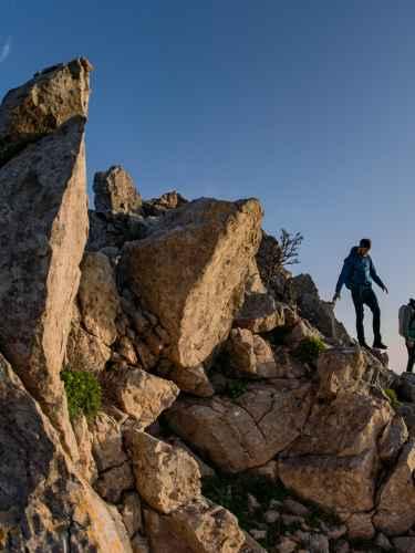 Wanderszene am Monte Sauci, Sizilien, Italien.