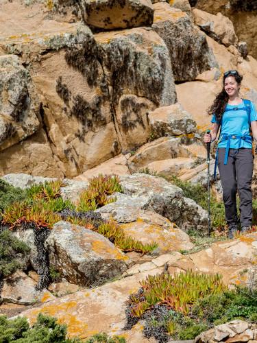 Wanderszene am Cabo da Roca, Portugal.
