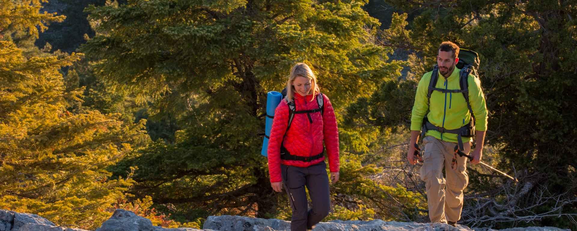 Trekkingszene am Alacabel-Pass, Taurus Gebirge, Tuerkei.