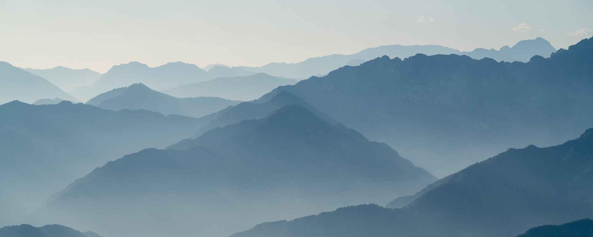 Herbstabend am Gardasee vom Mt. Altissimo aus, Gardasee, Trentino, Italien.