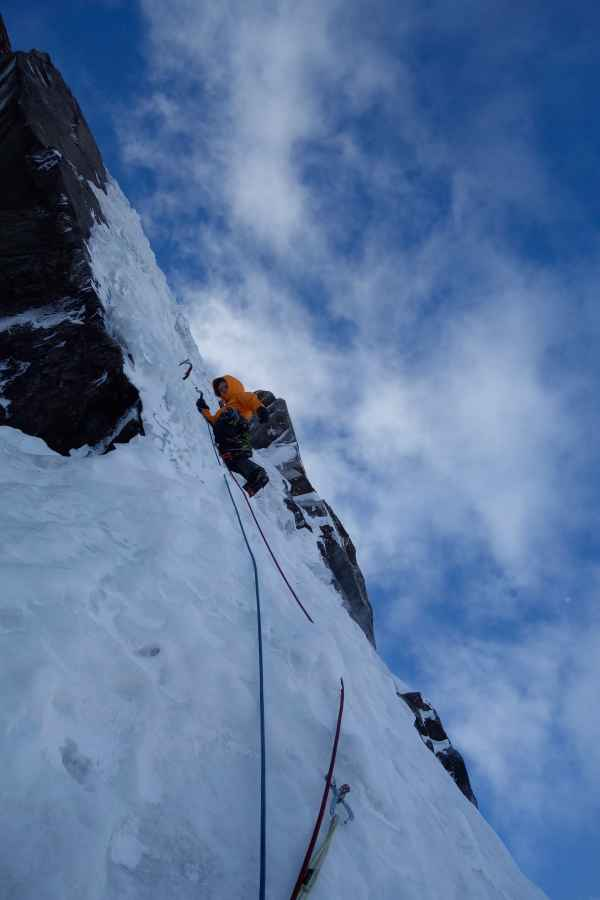 Martin Feistl and Sven Brand climbing 24 hours of freedom on the north face of Sagwand.