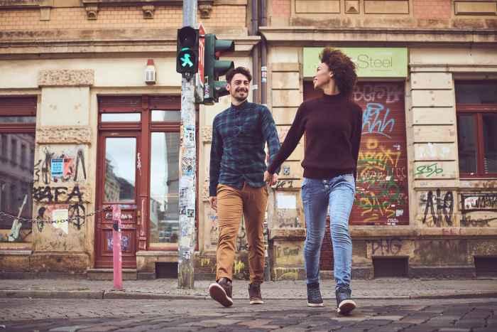 Auch wenn der CASSIS GTX bevorzugt im Alltag und im urbanem Umfeld zum Einsatz kommt, sind die bequemen Lifestyle-Sneaker alles andere als alltäglich. Funktionale Details, sportlicher Look und optimaler Tragekomfort gehen ganz unprätentiös gemeinsame Wege, sorgen aber dennoch für den ein oder anderen Hingucker.