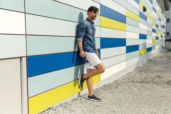 S'il s'agit bien de baskets de loisirs qui s'utilise au quotidien dans les environnements urbains, le modèle tout confort CASSISGTX n'a pourtant rien de banal: détails fonctionnels, look athlétique et confort optimal se combinent pour faire de ces chaussures un véritable must-have.