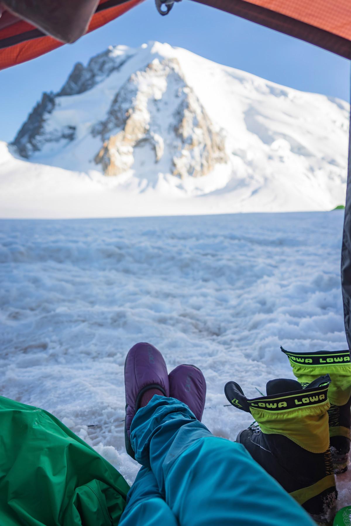 Das Schuhwerk eines Bergsportlers ist sozusagen sein