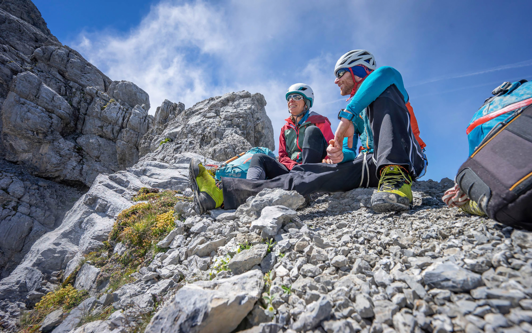 The anatomy of the female foot creates some very special requirements. LOWA has explored this issue and developed the TIBET LL Ws, a robust trekking boot for women that performs exceptionally well on via ferrata, multiday tours in the Alps and especially challenging trails.